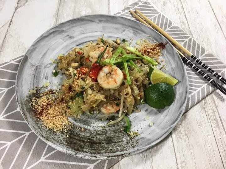 Pad Thai by chef Pong Aroonsang