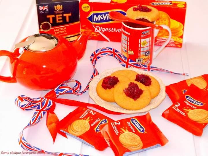 Brytyjskie ciasteczka śniadaniowe M'cVities.