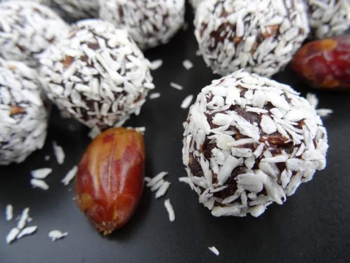Pralinki czekoladowo-kokosowe