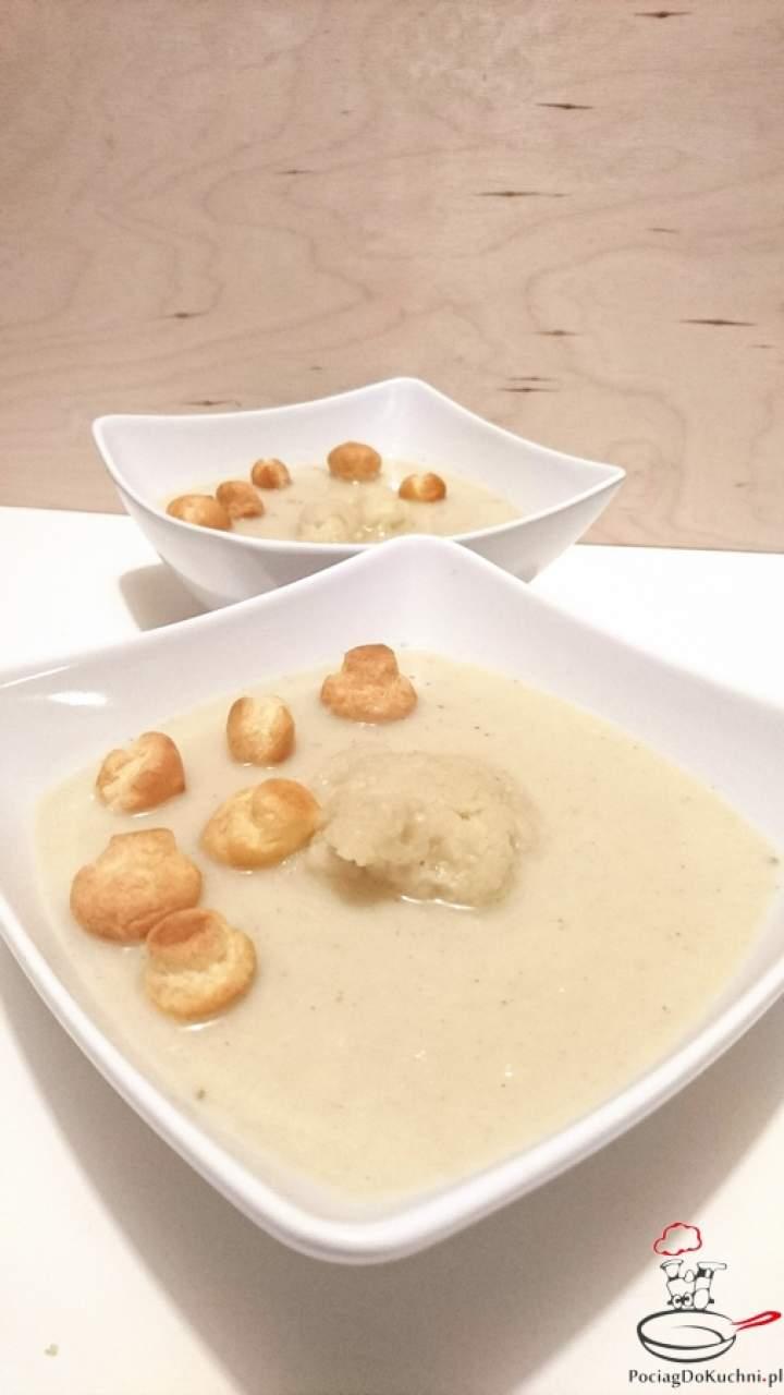 Jedwabista zupa krem z kalafiora