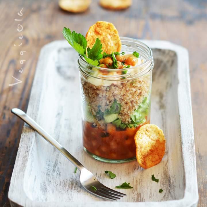 26 pomysłów na lunch w słoiku oraz sałatka z cieciorką i gryczanym bulgurem