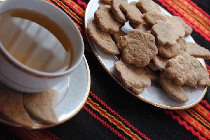 Kruche ciasteczka z nasionami chia i cynamonem