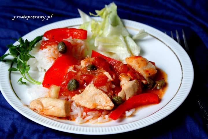Kurczak w pomidorach z kaparami