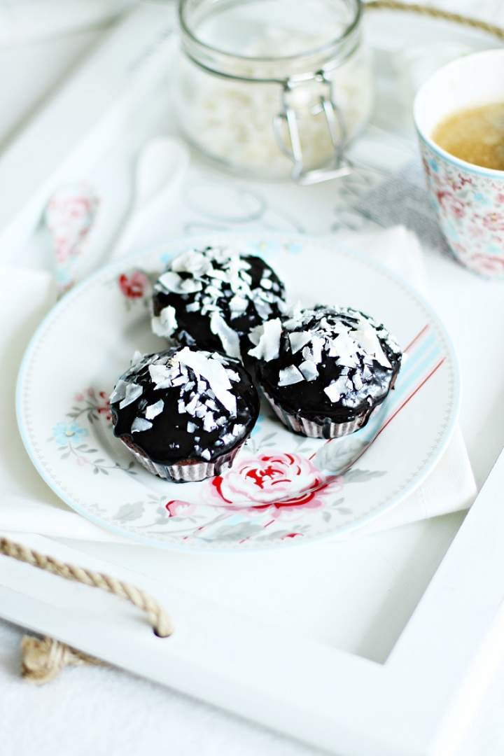 Babeczki-murzynki czekoladowo-kokosowe