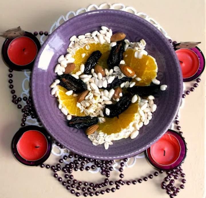 Sałatka owocowo-ryżowa