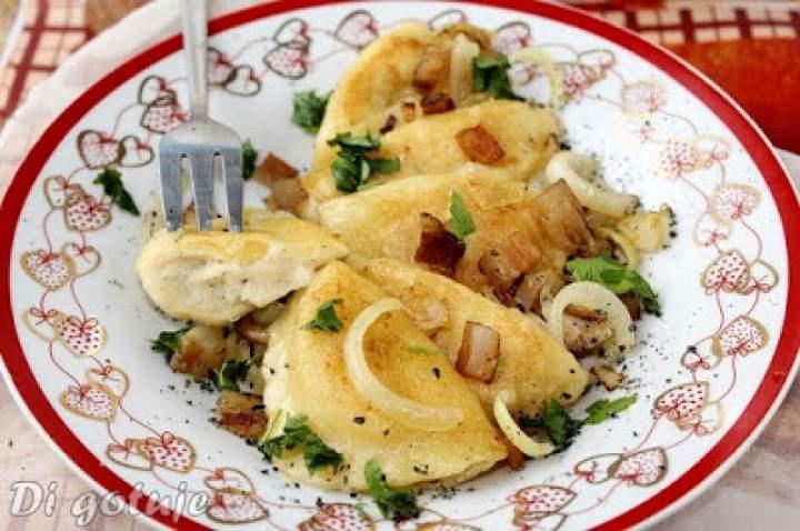Pierogi z ziemniakami i serem korycińskim (jak ruskie)