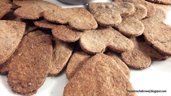 Dziecięce pieczenie – pełnoziarniste krakersy