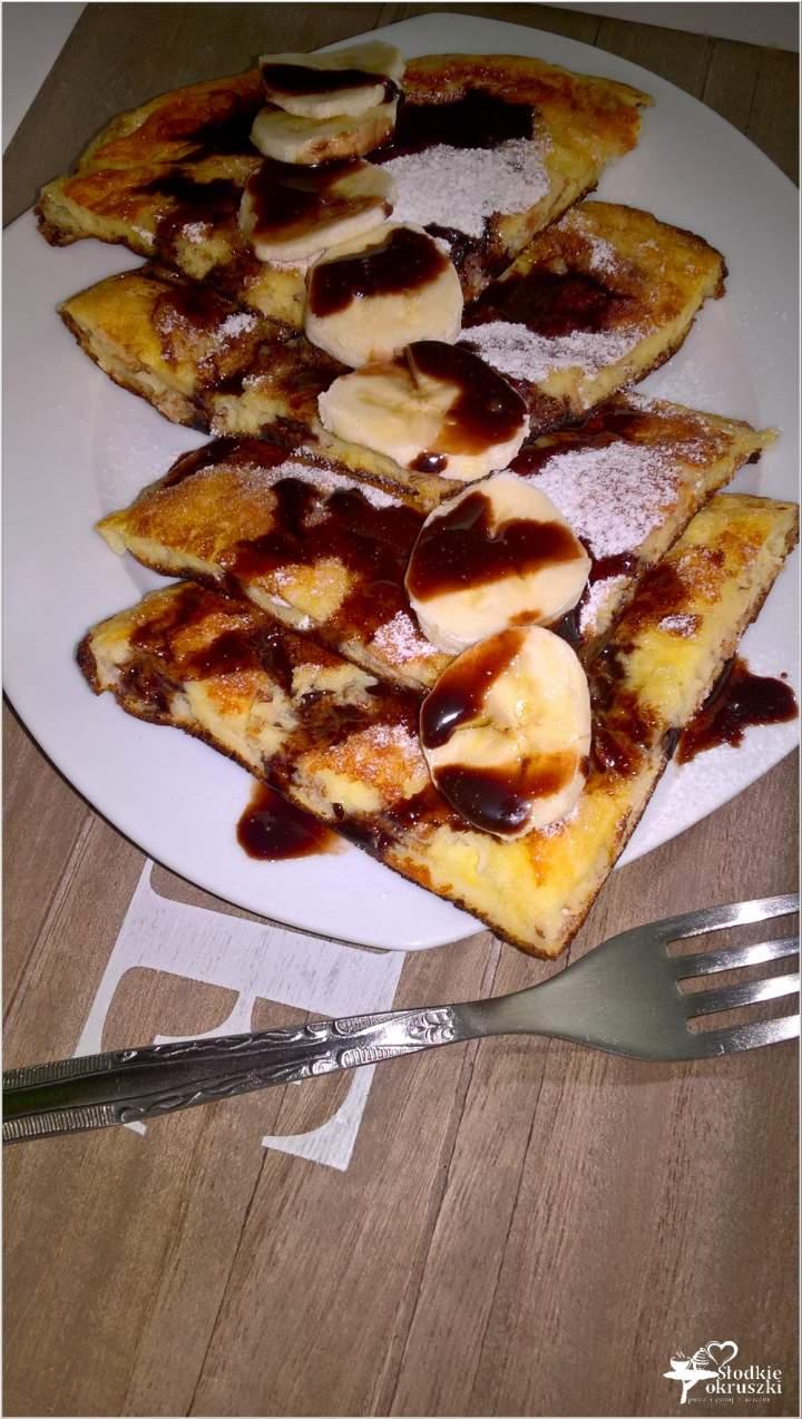Lekko karmelowy omlet z płatkami orkiszowymi