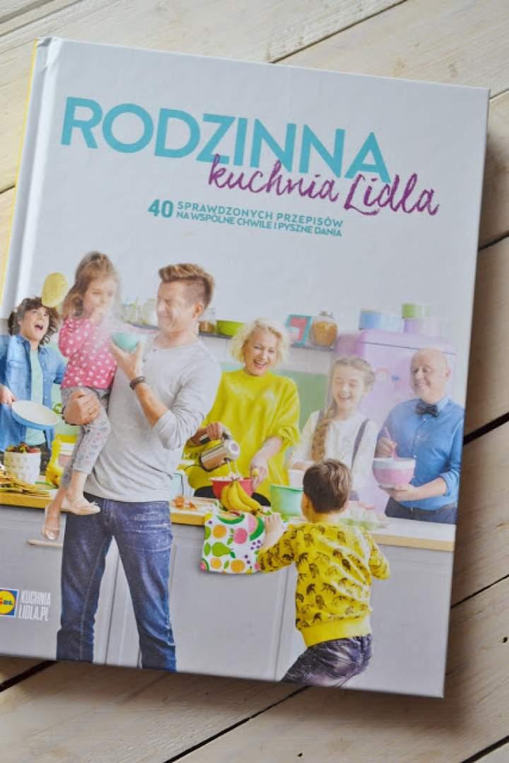 """Domowy budyń waniliowo- migdałowy i recenzja książki """"Rodzinna kuchnia Lidla"""""""