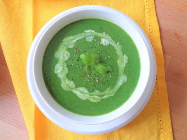 Cykl wielkanocny: Zupa krem ze szparagów, szpinaku i bazylii (Crema di asparagi, spinaci e basilico)