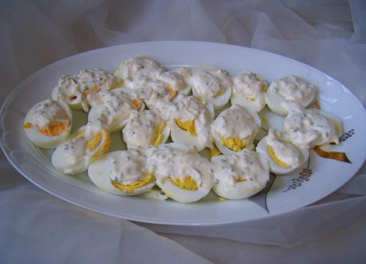 Sos chrzanowo – ananasowy do jajek