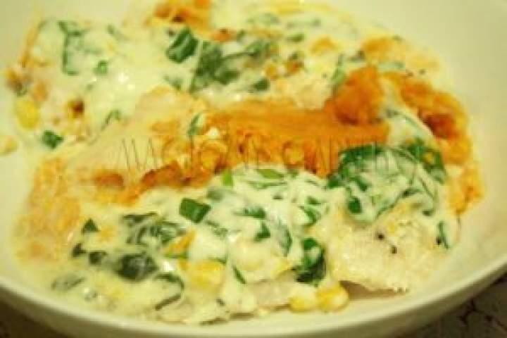 Ryba zapiekana ze szpinakiem i słodkimi ziemniakami
