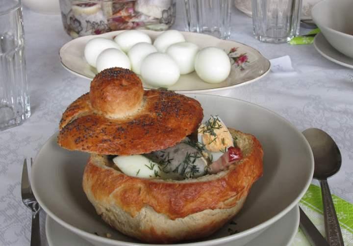 Domowy chlebek do żurku.