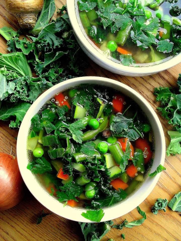Zupa wiosenna z zielonych warzyw / Spring Green Vegetable Soup