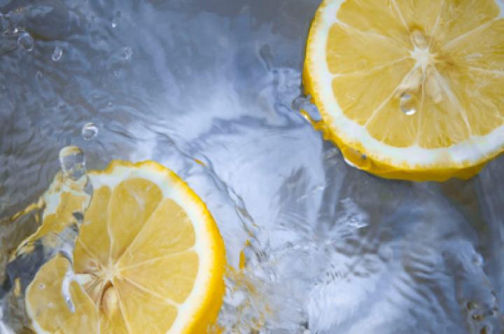 Czy filtry dzbankowe do wody pitnej są rzeczywiście skuteczne?