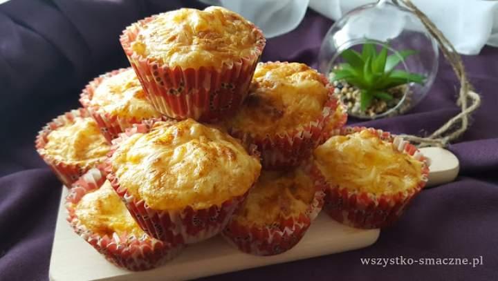 Wytrawne muffinki z serem i suszonymi pomidorami
