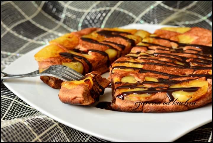 Kakaowy omlet z bananem