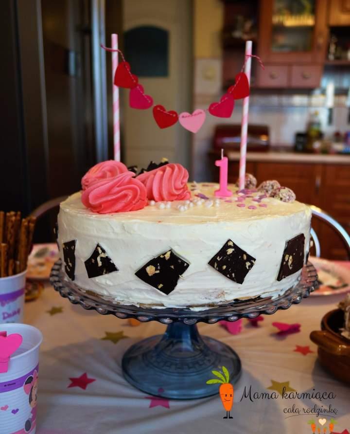 Tort cytrynowo – ajerkoniakowy