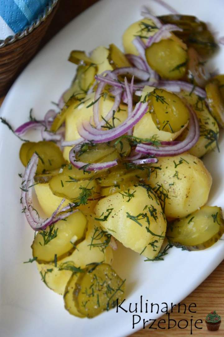 Sałatka na grilla z młodych ziemniaków