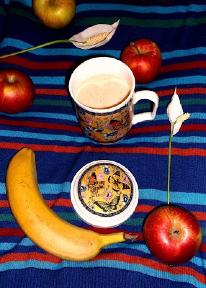 Koktajl bananowo-kakaowo-maca