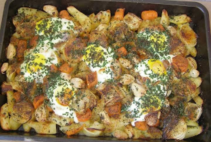 pyszne warzywno- jajeczne danie na obiad z piekarnika…