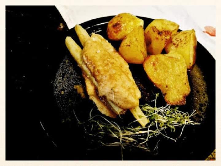 Roladki z kurczaka i szparagów