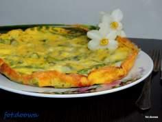 Omlet ze szparagami i mozzarellą