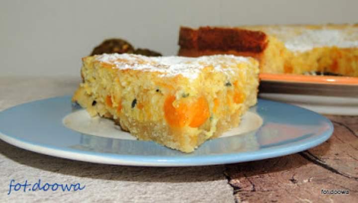 Ciasto z marakują i miechunką i 6 urodziny bloga