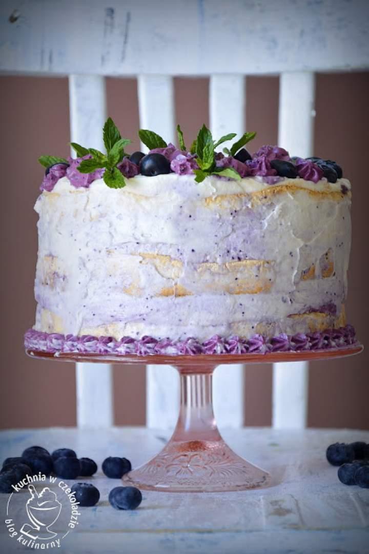 Tort bezowo- jagodowy