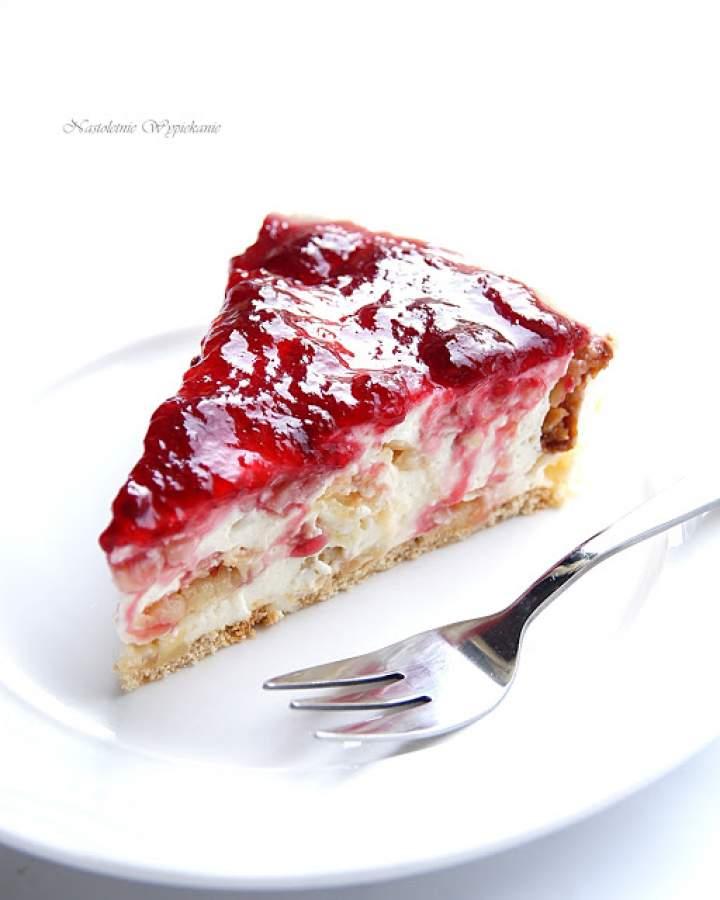 Ciasto migdałowe z konfiturą wiśniową