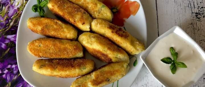 Paluchy ziemniaczane z serem i boczkiem