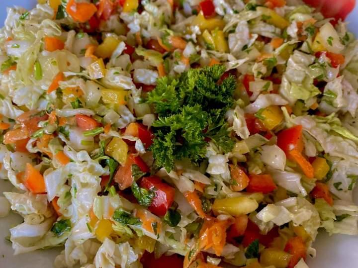 Surówka obiadowa z kapusty pekińskiej