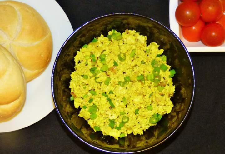 Tofucznica – czyli wegańska jajecznica