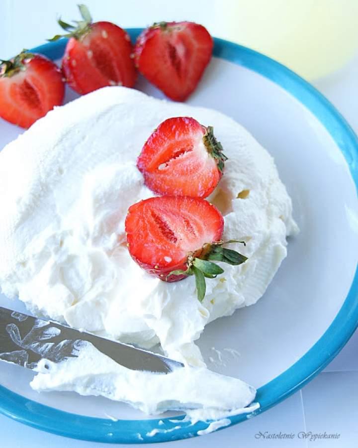 Labneh- kemowy serek z jogurtu greckiego