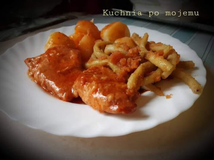 Szynka pieczona w keczupie i coli. Sycący i pyszny obiad dla dużej rodzinki