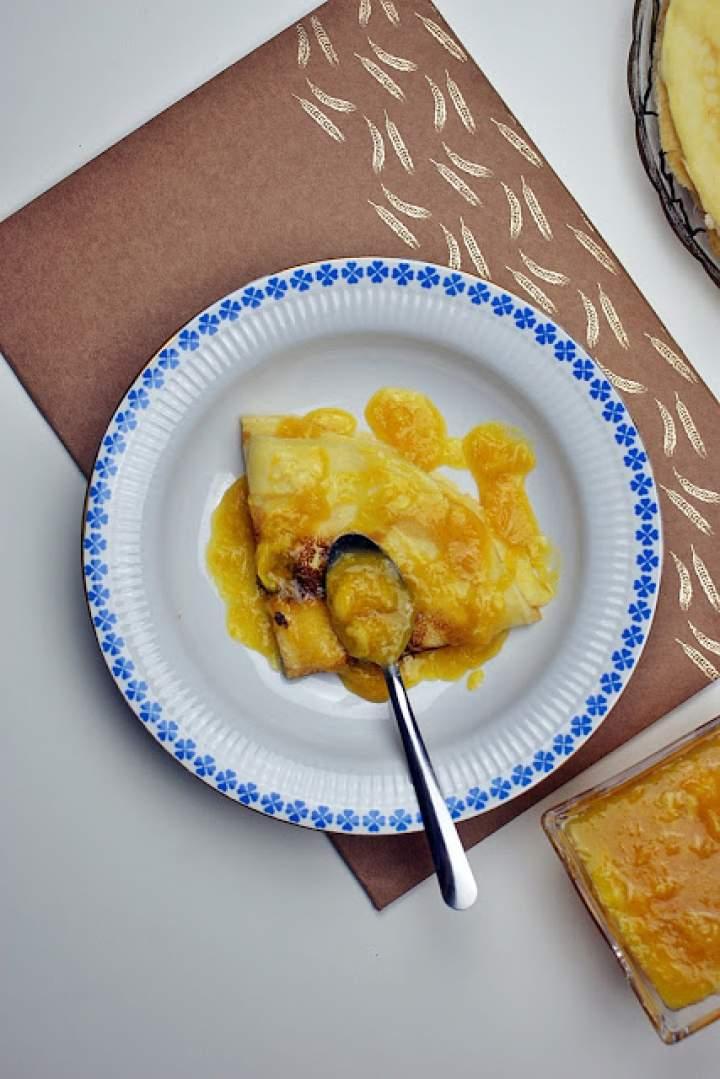 Naleśniki z serem i karmelizowanymi pomarańczami