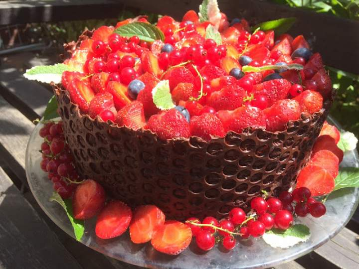 Tort truskawkowy; tort z truskawkami