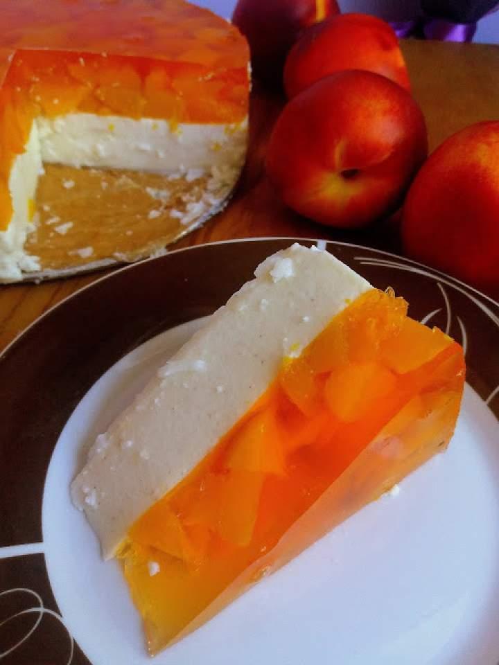 Jogurtowiec z galaretką / Yogurt Jello Cake