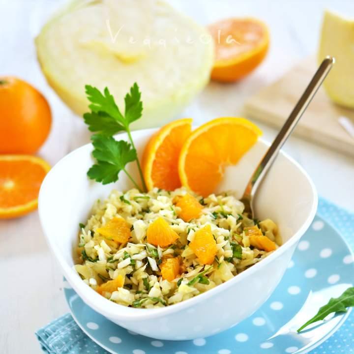 Surówka z białej kapusty i pomarańczy