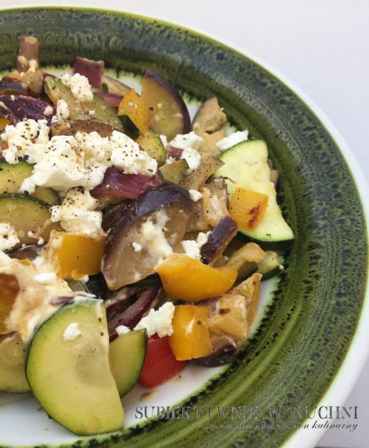 Warzywa z patelni z serem feta
