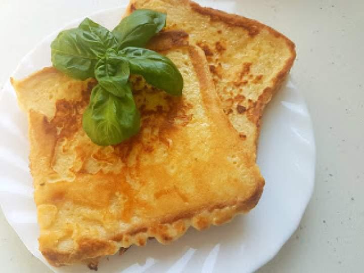 Naleśnikowe tosty