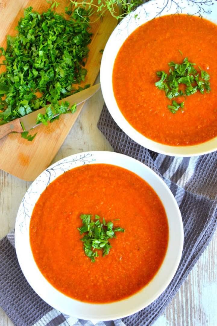 Aromatyczna zupa krem pomidorowa