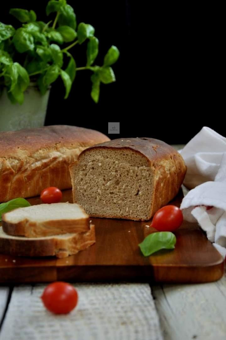 Chleb pytlowy na maślance
