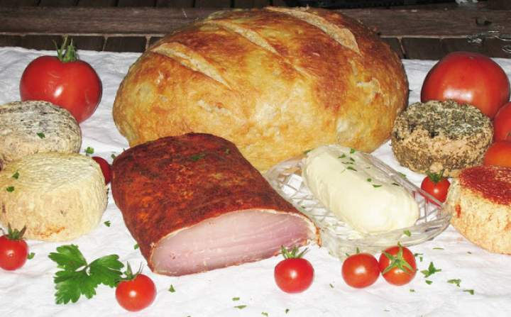 Duży wiejski chleb…