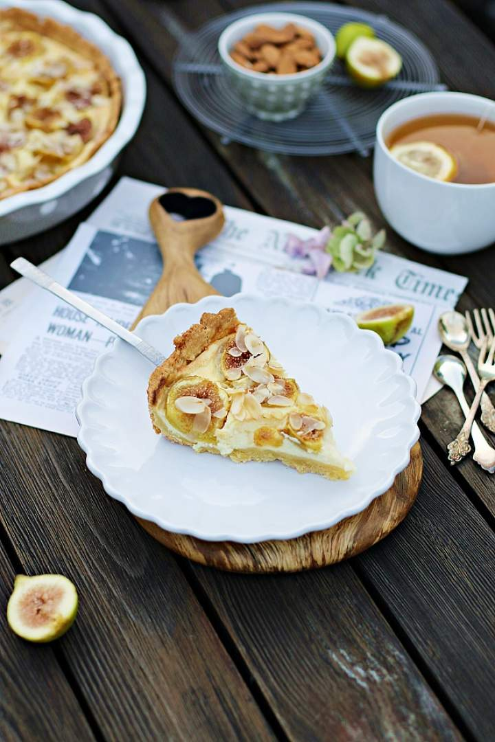 Tarta z kremem cytrynowym i figami