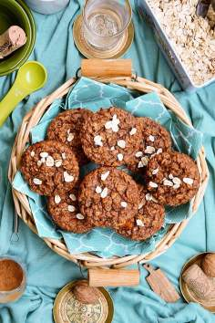 Muffinki owsiane z marchewką i cynamonem