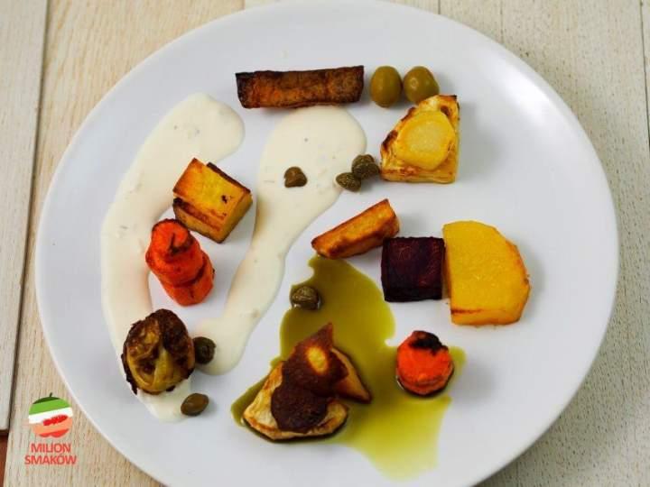 Pieczone warzywa z sosem majonezowym i olejem z pestek dyni