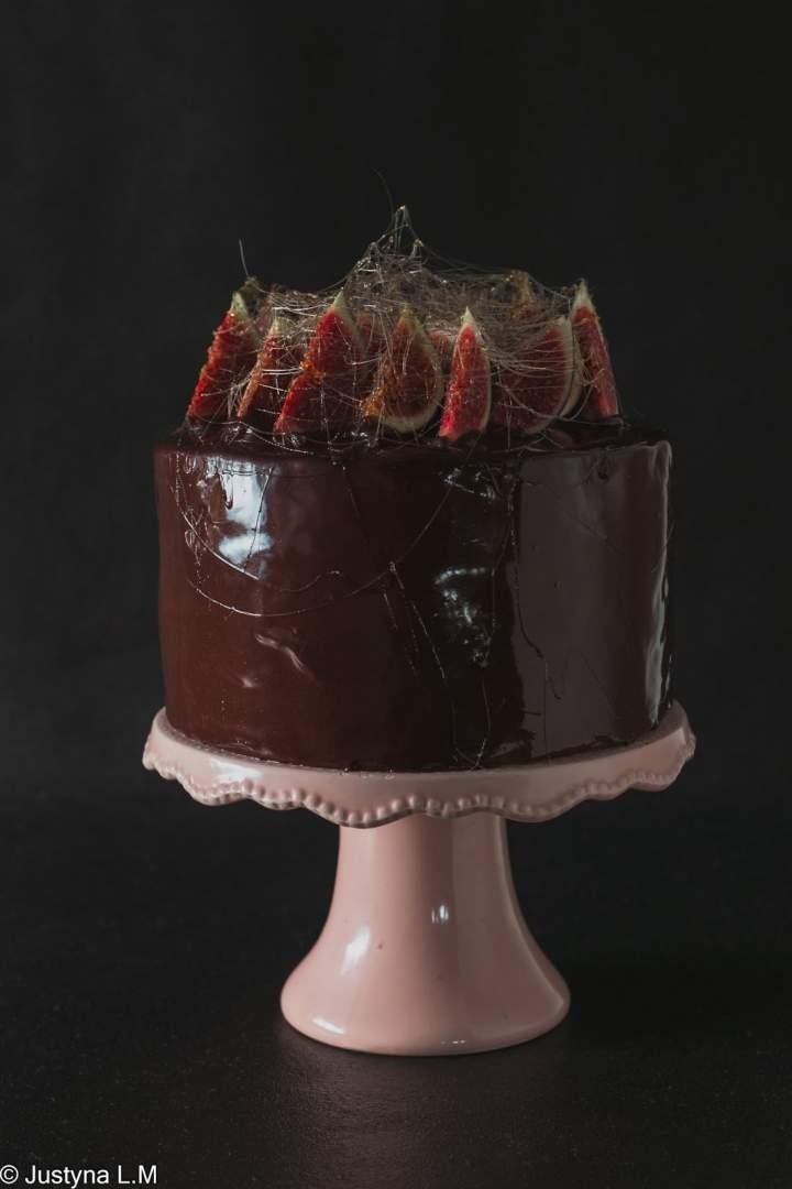 Tort czekoladowo- figowa fuzja w lustrzanej polewie