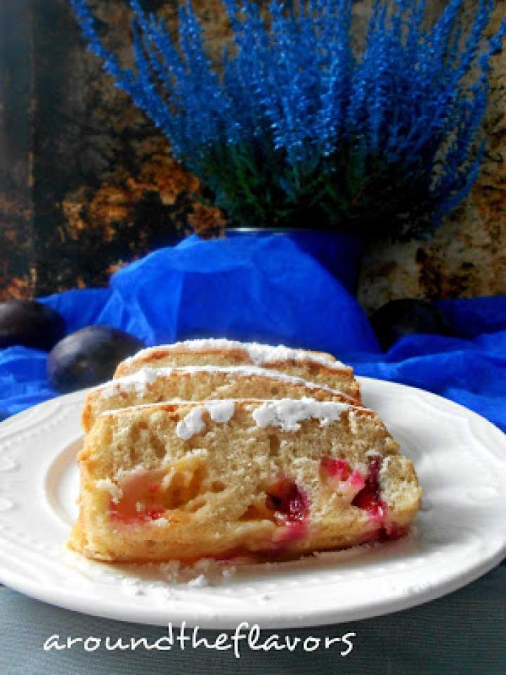 Ciasto ucierane z olejem i śliwkami