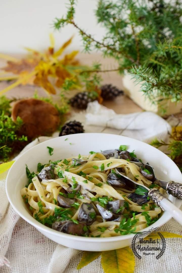 Makaron z grzybami po włosku